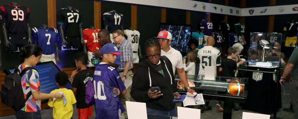 2019-PaleyExhibit-Elements-3840x1536-NFL-100-Slideshow-Image-2.jpg Image