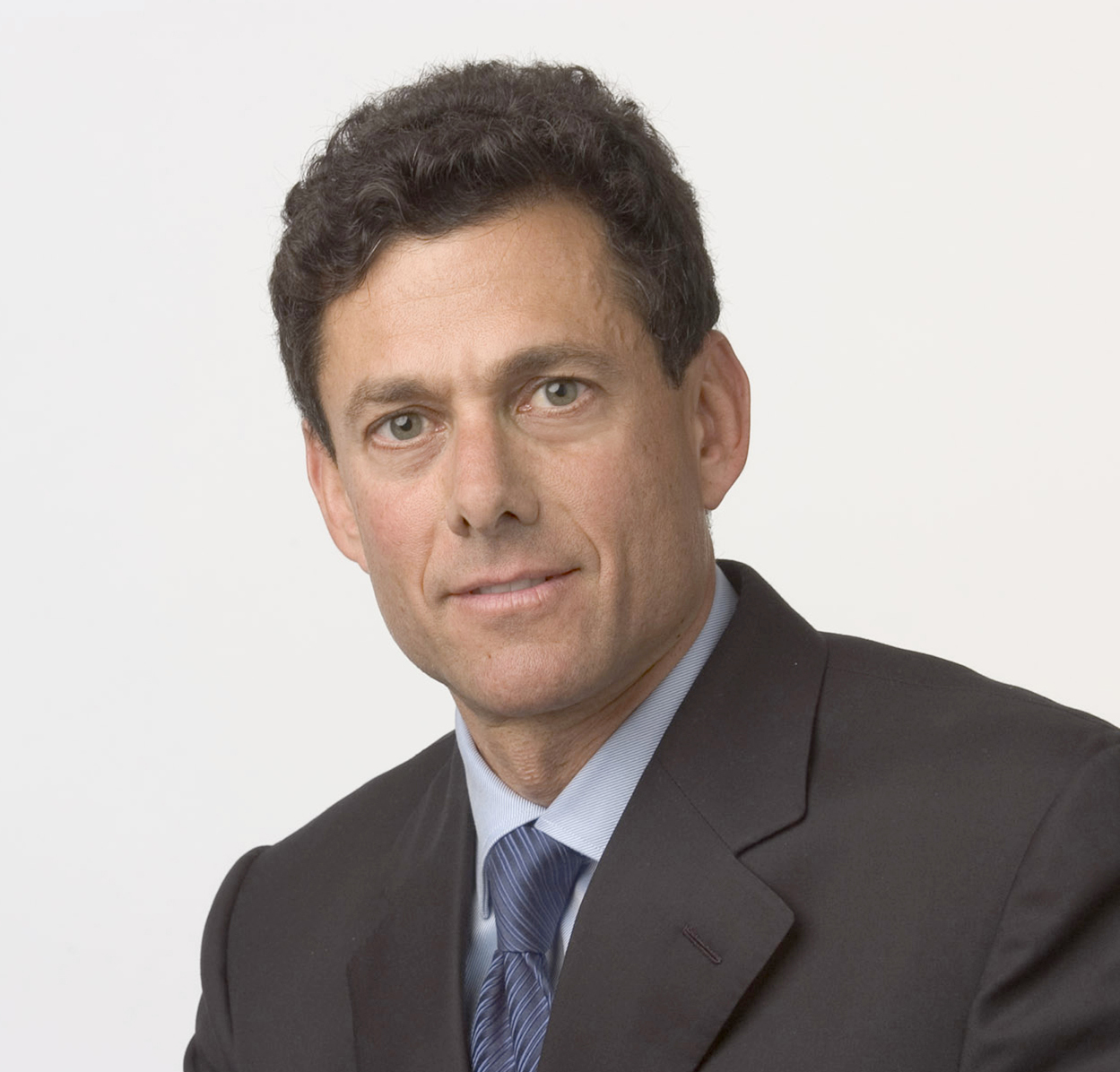 Strauss Zelnick Take 2 exec posits possible balance between used game sales and developers